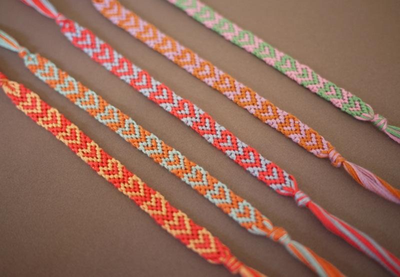 схемы плетения фенечек,