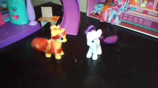 май пони
